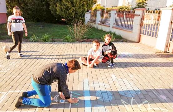 Hry a aktivity okolo domu